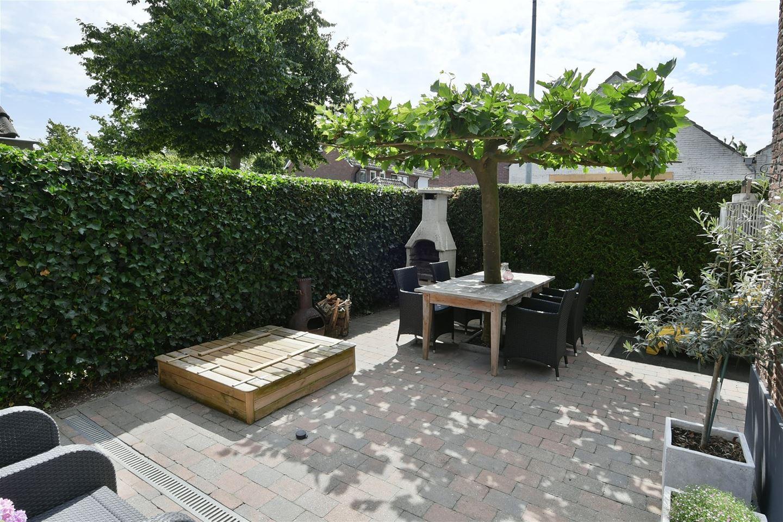 E Ludenstraat verkoopstyling tuin